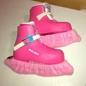 Toddle Ice skates with blade covers